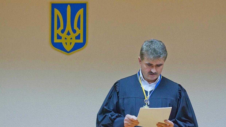 На Украине запустят мониторинг образа жизни чиновников